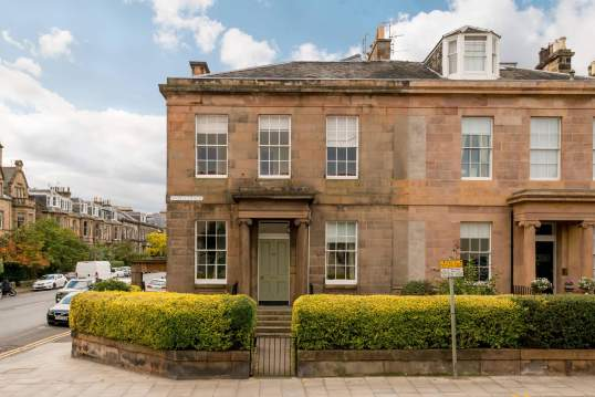 36 (GF) Inverleith Row, Edinburgh, EH3 5PY