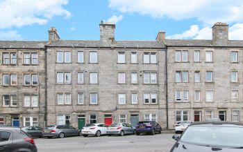 300 (1f1) Easter Road, Edinburgh