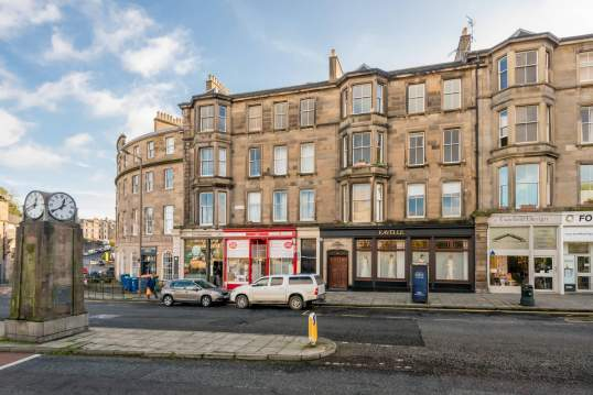 3 (3F2) Brandon Terrace, New Town, Edinburgh, EH3 5EA