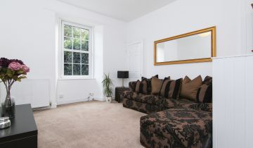 4/4 Salmond Place, Edinburgh