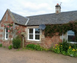 Wamphray Farm Cottage, North Berwick